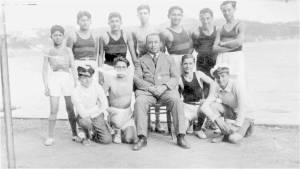 1928 Soldan sağa Ayaktakiler FethiLütfü-İbrahim-Mehmet Ali-Mehdi-Rüknettin, Oturan Baş Kaptan Mecdi Hüsam, Çömelenler Memduh-Necati-Pol Bezezyan