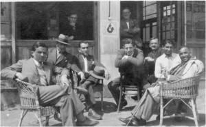 1930'lar. Leblebi Mehmet - ..-Hayri Tokatlıgil-..-..-Mehdi Ağaoğlu-..-Ömer Besim Koşalay