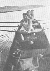 1934-İzmit ' e yaklaşırken Şehit Celal Üç Çiftesi. Muzaffer Eser – Nevin Hassan – Süreyya Macur – Faruk Umay