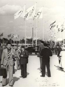 1936 Nevin Hassan Berlin Olimpiyatları girişinde
