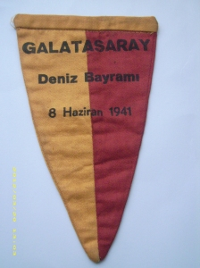 1941 Reha İren Birincilik Bayrağı arka