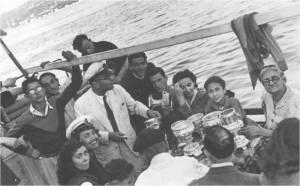 1942 soldan sağa Ayaktakiler Kemal-Aydın-Adnan-Hızın Hantal-Agop Kevropyan-Sadi-Oturanlar Hüsnü Bilgin-Nazlı Yar-..-Mayrik-..-..-..-..-..-..-Nimet Hanyalı
