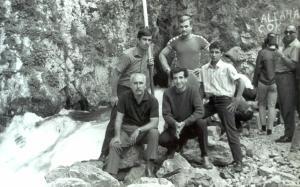 1968 mersine giderken Emir Turgan, Yunus Yılmaz, Yusuf abi Erdal Günsel